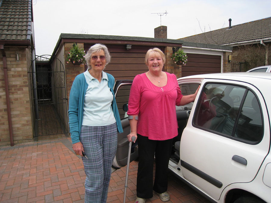 Clanfield Voluntary Care Group - lending a helping hand